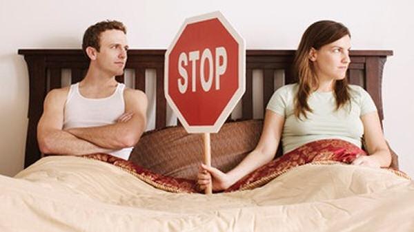 fiatal szerelmesek első randi házasság után Kos nő randi egy férfi